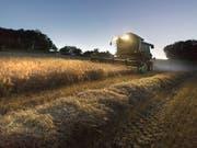 Die Bauern haben den Marktöffnungs-Plänen des Bundesrats eine Abfuhr erteilt. (Bild: KEYSTONE/GAETAN BALLY)