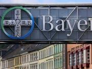 Die Übernahme des US-Saatgutkonzerns und Herbizidherstellers Monsanto hat Bayer im zweiten Quartal Schub gegeben. (Bild: KEYSTONE/EPA DPA/OLIVER BERG)