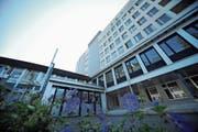Ab 2024 gibts im Kantonsspital Uri keine Wäscherei mehr. (Bild: Urs Hanhart, Altdorf, 4. Januar 2017)