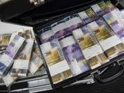 Die Kassen von Bund und Kantonen sind gut gefüllt. Die Finanzverwaltung rechnet auch in den kommenden Jahren mit positiven Abschlüssen. (Bild: KEYSTONE/GABRIELE PUTZU)