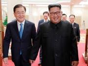 Der Termin für ein weiteres Gipfeltreffen zwischen den Staatsoberhäuptern Nord- und Südkoreas ist festgelegt worden. (Bild: KEYSTONE/AP South Korea Presidential Blue House via Yonhap)