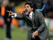 Diego Maradona soll nun bei einem mexikanischen Zweitligisten auf die Trainerbank zurück (Bild: KEYSTONE/AP/MARTIN MEISSNER)