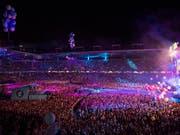 Zum diesjährigen Energy Air war das Stade des Suisse in Bern am Samstagabend wieder komplett «ausverschenkt» gewesen. (Bild: KEYSTONE/ANTHONY ANEX)