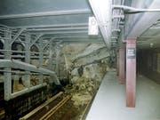 Rund 17 Jahre nach den Anschlägen auf das WTC in New York ist am Samstag eine zerstörte U-Bahn-Station wieder eröffnet worden. (Bild: KEYSTONE/NEW YORK CITY TRANSIT)