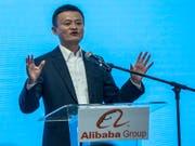 Der Chef und Gründer von Alibaba, Jack Ma, gibt seine Aufgaben bei dem Konzern ab und will sich anderen Tätigkeiten widmen. (Bild: KEYSTONE/EPA/AHMAD YUSNI)