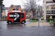Seit der Testfahrt wurde der selbstfahrende Bus nicht mehr gesehen. (Bild: Christopher Gilb (Zug, 26. März 2018))
