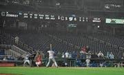 Die Stadien sind immer öfter leer, wie hier zwischen den Chicago Cubs den Washington Nationals. (Bild: Nick Wass/AP (Chicaogo, 9. September 2018))