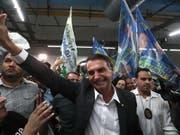 Nach einer Attacke auf den brasilianischen Präsidentschaftskandidaten Jair Bolsonaro soll die Sicherheit für die Bewerber erhöht werden. (Bild: KEYSTONE/EPA EFE/MARCELO SAYAO)