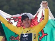 Fährt drei weitere Jahre für Sky: Der Waliser Geraint Thomas, Gewinner der Tour de France 2018 (Bild: KEYSTONE/AP/FRANCOIS MORI)