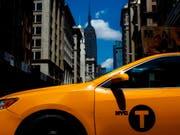 Ein New Yorker Taxi ist zu einem Kunstobjekt geworden. (Bild: KEYSTONE/EPA/JUSTIN LANE)