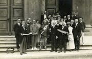 Viel genutzt hat Deskahehs Engagement in Genf nicht. Deskaheh posiert mit der Irokesenkommission in Genf, Palais de l'Athénée. (Bild: Bilger Verlag)