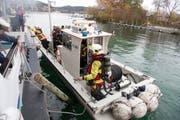 Das Löschboot der Feuerwehr Stadt Luzern kommt bei einer Übung zum Einsatz. (Bild: PD)