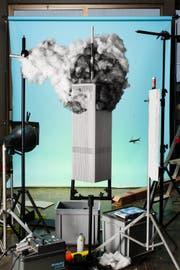 Das Modell von einem der brennenden «Twin Towers». (Bild: Cortis & Sonderegger/PD)