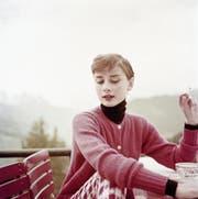 Mal elegant, mal sexy, mal förmlich: Der Rollkragenpullover steht Stilikone Audrey Hepburn, Sexsymbol Marylin Monroe sowie Dirigent Herbert von Karajan gut. (Bild: Bilder: Getty)