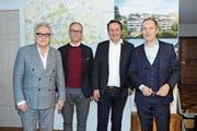 Thomas Schregenberger, Architekt, Rolf Schubiger, Inhaber Rolf Schubiger Küchen AG, Peter Mettler, Verwaltungsratspräsident der Mettler2Invest AG, und Dani Ménard, Jurypräsident. (Bild: Astrid Zysset)