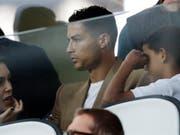Die US-Polizei fordert im Zuge der Vergewaltigungsvorwürfe von Fussballstar Cristiano Ronaldo eine DNA-Probe. (Bild: KEYSTONE/AP/LUCA BRUNO)
