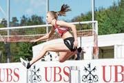 Tina Baumgartner, U18-EM-Teilnehmerin über 400 Meter Hürden, sucht noch einen Sporthilfe-Paten. (Bild: Franz Hess)