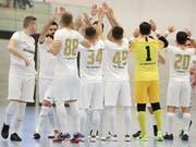 Das NLA-Team Golden Lions bejubelt in der Paul-Reinhart-Halle in Weinfelden einen weiteren Sieg. Derzeit steht die Mannschaft an der Spitze der Gruppe 4. (Bild: Mario Gaccioli, Weinfelden, 6. Januar 2019)