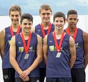 Die neuen Rekordhalter bei der männlichen U16-Staffel (v.l.): Antonio Vuco, Sandro Graf, Fabio Kobelt, Ramon Frei und Kevin Egbon. (Bild: Martin Steger)