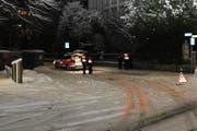Bei der Kollision mit dem Stadtpolizei-Dienstfahrzeug wurde ein 17-jähriger Fussgänger verletzt. (Bild Kantonspolizei Graubünden)