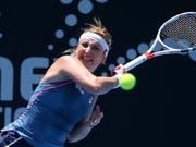 Fühlt sich wieder 100 Prozent fit: Timea Bacsinszky im Einsatz beim WTA-Turnier in Sydney (Bild: KEYSTONE/AP/RICK RYCROFT)