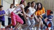 Eine Studie zeigt, dass Jugendliche je nach Herkunft unterschiedlich gut in der Schweiz integriert sind. Bild: Keystone