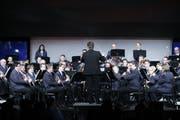 Die Musikgesellschaft überzeugt im Heirisaal. (Bild: Stefan Kaiser (Ort, 13. Januar 2019)))