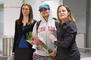 Al-Qunun (Mitte) wurde am Samstag von Ministerin Freeland (rechts) empfangen. (Bild: Chris Young/AP (Toronto))
