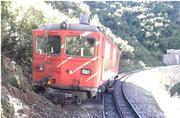 Die entgleiste Lokomotive. Bild: Sust
