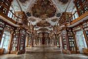 Der berühmte barocke Saal der Stiftsbibliothek. (Bild: Urs Bucher - 18. Dezember 2018)