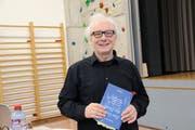 Der Landschlachter Professor und Buchautor Gerd Ganteför stelle am Neujahrsapéro sein neues Buch «Das Gesetz der Herde» vor. (Bild: Hana Mauder Wick)