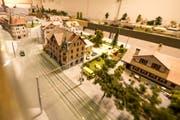 So sah es in Kriens im Gebiet der heutigen Busschleife im Jahr 1961 aus. Beim Gebäude rechts handelt es sich um das 1991 abgerissene Restaurant Metzgerhalle. Das Modell steht im Lokal der Eisenbahn- und Modellbaufreunde in Ebikon. Bild: Roger Grütter (11. Dezember 2018)