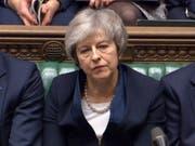 Nachdem die britische Premierministerin Theresa May am Dienstagabend die Abstimmung im Unterhaus für ihren ausgehandelten Brexit-Deal deutlich verloren hat, muss sie sich am kommenden Mittwoch einem Misstrauensantrag der oppositionellen Labour-Partei stellen. (Bild: KEYSTONE/AP PA/HOUSE OF COMMONS)