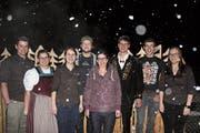 Der alte und neue Vorstand (von links): Robin Odermatt, Erika Zumbühl, Nadine Keiser, Andy Amacher, Priska Odermatt, Dominik Suter, Ueli Christen und Martina Waser. Es fehlt Roman Achermann. (Bild: PD)