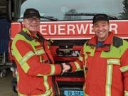 Der bisherige und der neue Feuerwehr-Kommandant: Werner Bächtiger und Marcel Meier. (Bild: PD/Marlies Kunz)