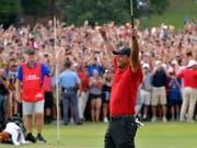 Tiger Woods und die ekstatischen Fans: Ein häufiges Bild in der Saison 2019? (Bild: KEYSTONE/AP Atlanta Journal-Constitution/HYOSUB SHIN)