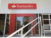 Durch diese Tür wird der frühere UBS-Manager Andrea Orcel nicht gehen. (Bild: KEYSTONE/EPA/SEBASTIÃO MOREIRA)