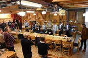 Die Gruppen tauschten nach der Diskussion ihre Resultate aus, bevor in einer Schlussrunde Fragen beantwortet wurden. (Bild: Urs M. Hemm)