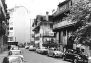 Dieses Bild zeigt dieselbe mittlerweile abgerissene Häuserreihe am Hallwilerweg wie oben. (Bild:PD)