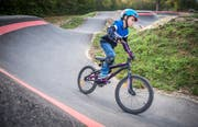 Konkurrenz zum Sportverein: Pumptrack in Frauenfeld. (Bild: Reto Martin)