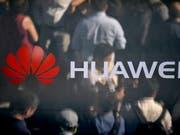 Der chinesische Konzern Huawei ist in den Fokus der US-Justizbehörden geraten. (Bild: KEYSTONE/EPA/PHILIPP GUELLAND)