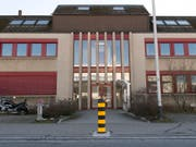 Das Gebäude der Serafe AG in Fehraltdorf ZH. Die neue Erhebungsstelle für die Radio- und Fernsehgebühren verwendet gemäss dem Verband Schweizerischer Einwohnerdienste (VSED) nicht die aktuellsten Daten der Einwohnerregister. (Bild: KEYSTONE/THOMAS DELLEY)