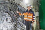 Paul Bossart, Direktor des Labors Mont Terri: Die Versuche sollen zeigen, ob die Gesteinsschicht wirklich dicht genug ist. (Bild: Claudio Thoma)