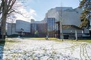 Das Gebäude des Theaters St.Gallen vom Stadtpark aus gesehen. (Bild: Urs Bucher - 4. März 2018)
