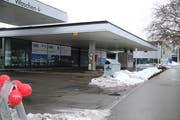 Die derzeit stillgelegte ehemalige BP-Tankstelle neben der Sportanlage Lerchenfeld soll bis Sommer als Avia-Tankstelle wieder in Betrieb sein. (Bild: Jessy Nzuki - 17. Januar 2019)