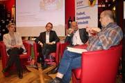 Gabi Huber, Urs Janett und Ruedi Cathry im Gespräch mit Moderator Bruno Arnold (von links). (Bild: Remo Infanger, Altdorf, 17. Januar 2019)