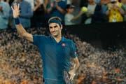 Roger Federer nach dem Sieg gegen Taylor Fritz in der dritten Runde der Australian Open. Bei diesem Spiel sass Federers Sohn Lenny im Publikum. (Bild: EPA/Ritschie Tongo, Melbourne, 18. Januar 2019)