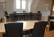 Gerichtssaal im Rathaus in Stans - in diesem Saal finden in der Regel die Sitzungen von Kantonsgericht und Obergericht statt. (Archivbild Markus von Rotz)