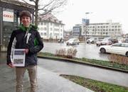 Mauro Vogel an der von ihm untersuchten Kreuzung. (Bild: Flavia Niederberger (Stans, 17. Januar 2019))