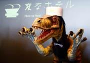 Einer der Rezeptionisten im Hotel: Ein Robo-Dinosauerier.Bild: Shizuo Kambayashi/AP (Sasebo, 15. Juli 2015)